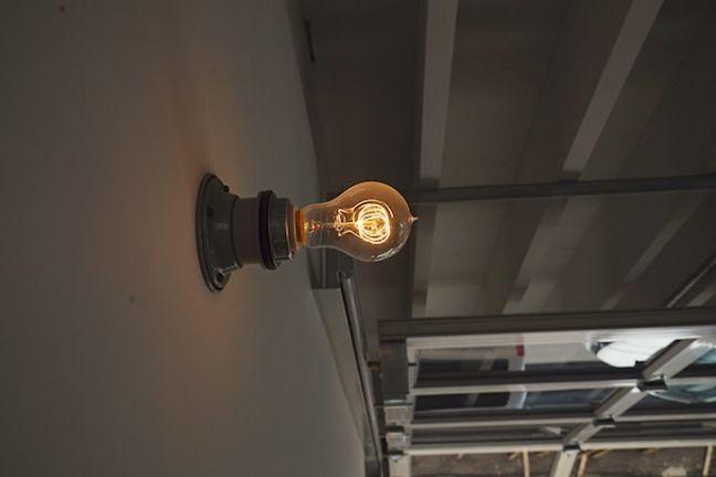 BRICK RENTAL HOUSE フィラメント電球