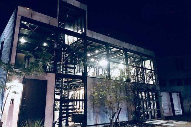 静岡県浜松市バランスデザインDAYTONA HOUSE(デイトナハウス) オフィス兼ショールーム ナイトバージョン