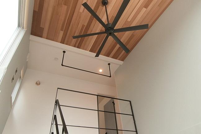toolbox(ツールボックス)アイアンハンガーパイプL型-天井吊をゼロキューブに取り付け